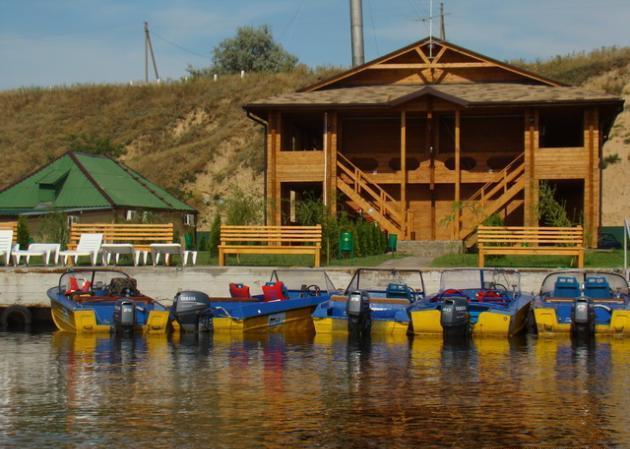 база для рыбалки в херсонской области