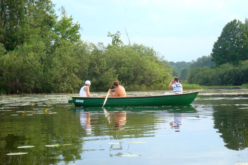 рыбалка на озере стерж